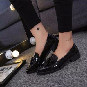 Giày loafer lựa chọn tuyệt vời cho cô nàng cá tính