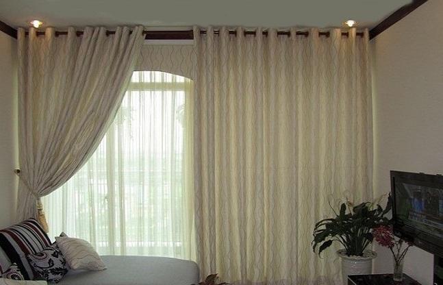Rèm cửa phòng ngủ với màu sắc nhẹ nhàng