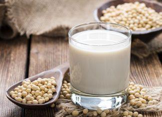 Uống sữa đậu nành buổi sáng có giảm cân không