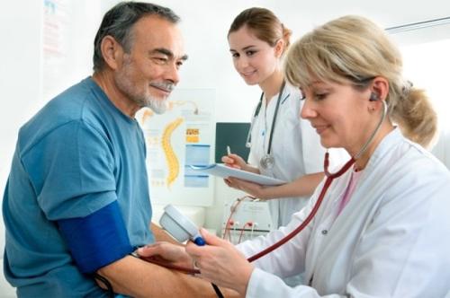 Giải pháp toàn diện cho người bệnh cao huyết áp