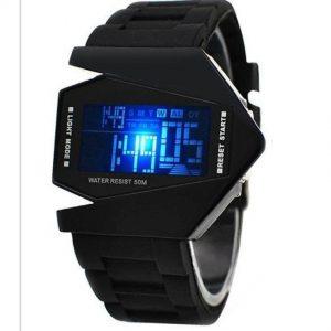 Đồng hồ Led phi thuyền mang đến cho bạn sự cá tính và sành điệu