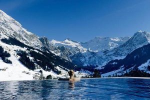 Khách sạn Cambrian trên dãy núi Alps ở Thuỵ Sỹ
